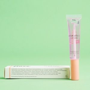 Floss Makeup - Floss Lipgloss in YUL